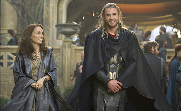 thor-the-dark-world-chris-hemsworth-thor-natalie-portman-jane-foster-600-01
